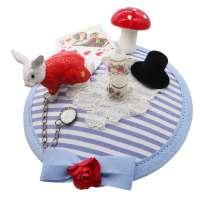 Alice Fascinator in Hellblau - Wunderland Headpiece mit Kaninchen