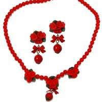 Red roses and pearl - earrings & necklace