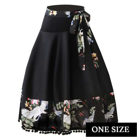 Circle skirt in black with cranes - one size