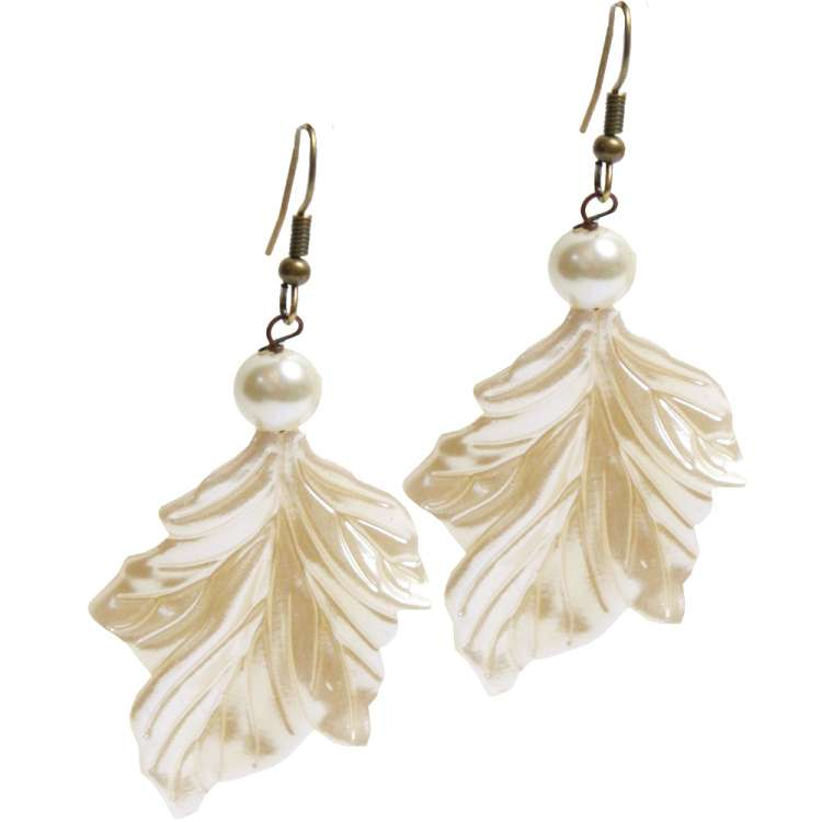 kissed by the shimmer of mother-of-pearl -  vintage style earrings