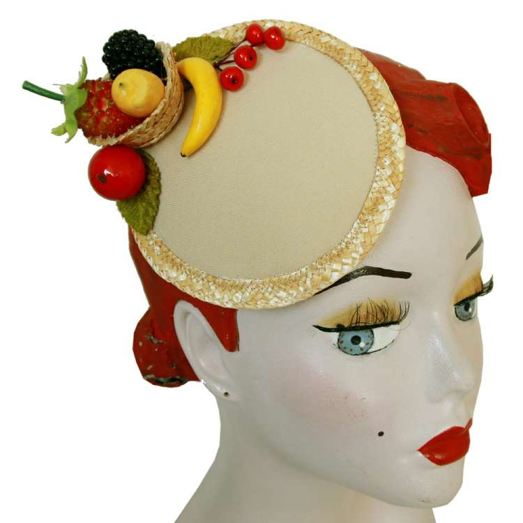Fascinator with small Fruit Basket with Fruits and Straw Braid