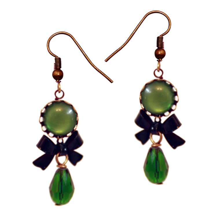 Dark green vintage earring with drops