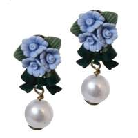 Stud earrings with light blue roses & pearl