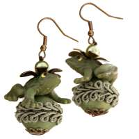 Green frog king - earrings